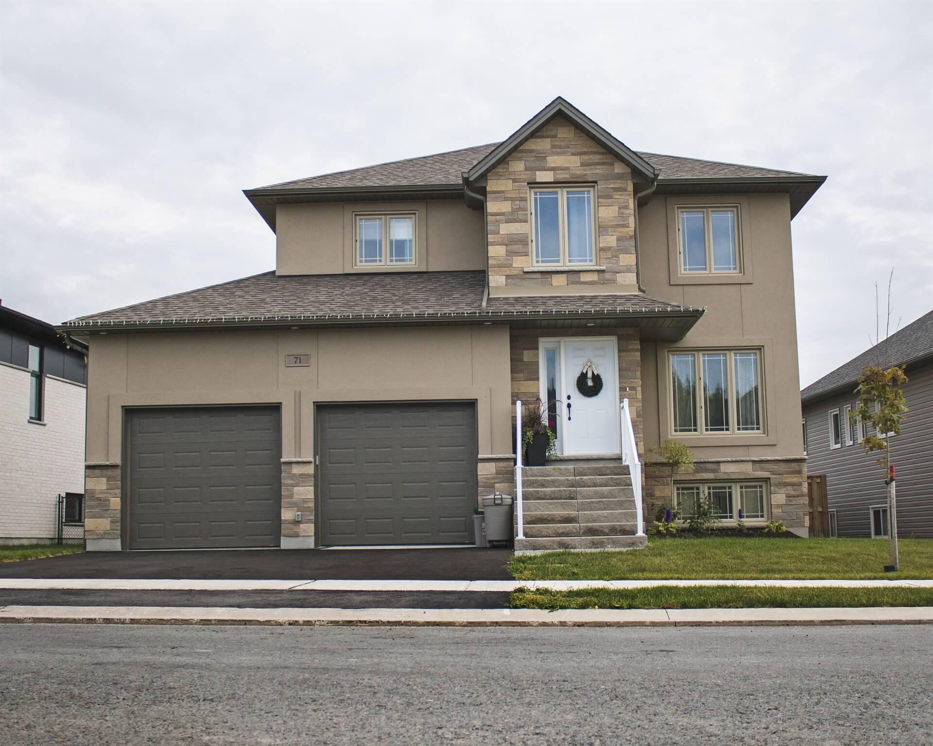 Modern - Zulich Featured Homes
