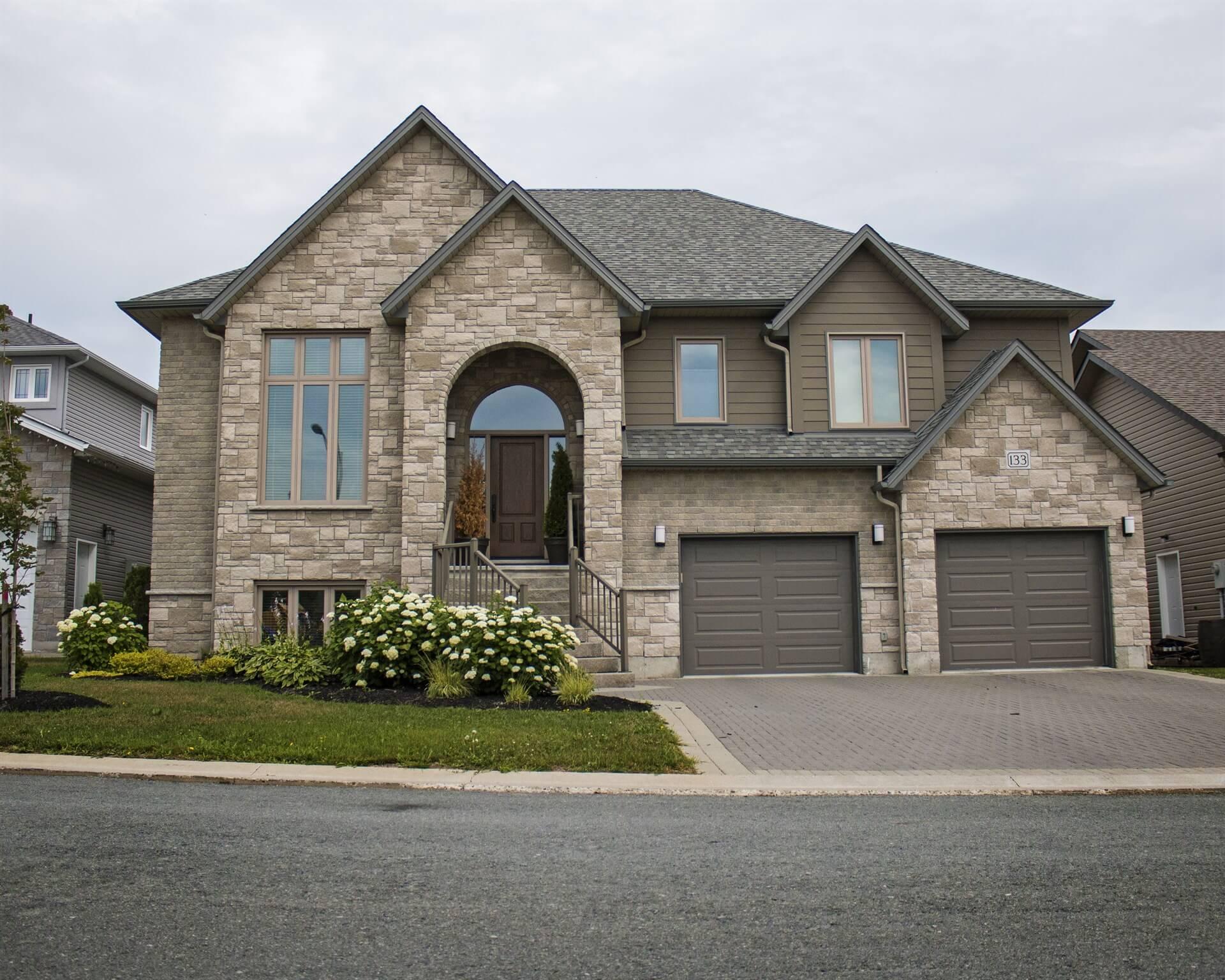 Newport - Zulich Featured Homes
